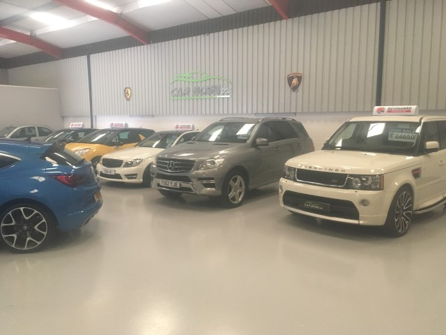 Epoxy resin flooring for Manchester car showroom